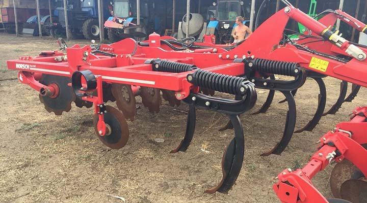 HORSCH Tiger 4MT