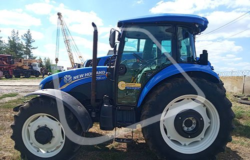 Трактор New Holland бу