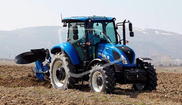 новий трактор фото